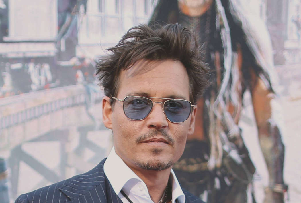Johnny Depp's Security Guard Says He Had To Purchase The Actor's Phone Back From A Homeless Man