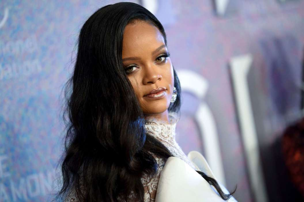 Rihanna Trolled For Responding To 2017 Tweets Regarding A Fenty Product Launch