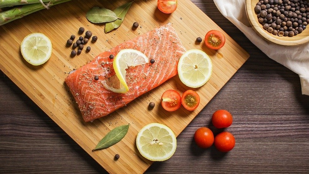 Eating Oily Fish Could Protect Brain from Air Pollution, Study Says