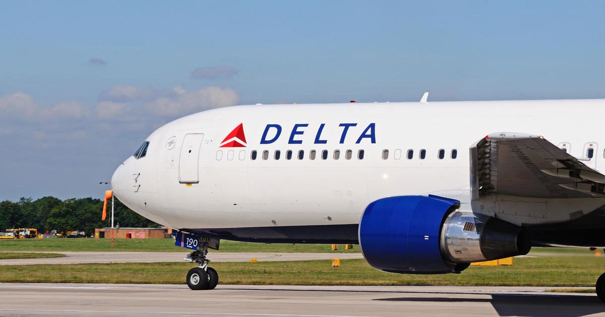 Delta requires medical screenings for the maskless