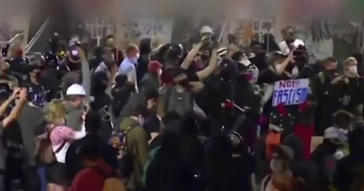 Federal agents under scrutiny after clashes with protesters in Portland