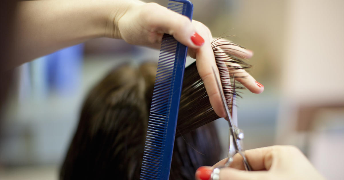 How masks protected the clients of 2 COVID-19-positive hairstylists