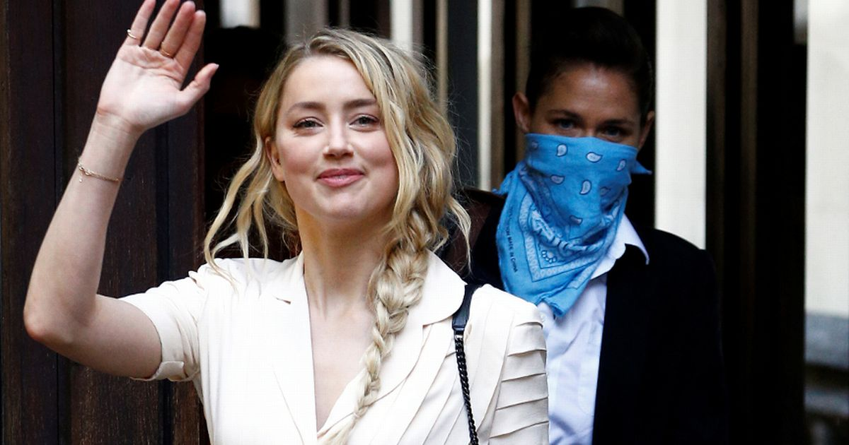 Amber Heard arrives at court as she prepares to testify in Johnny Depp trial