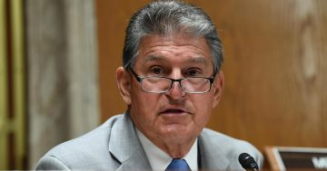 Joe Manchin and head of postal service union warn of possible post office closures