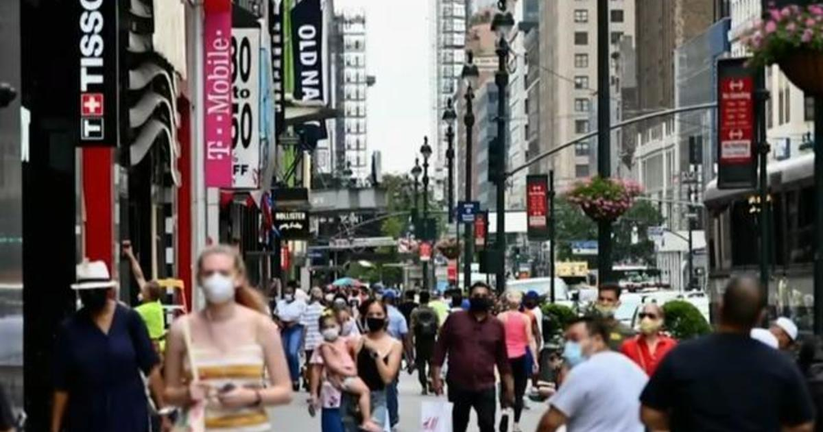Consumer spending shifts during pandemic