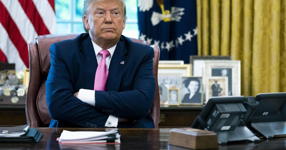 """Trump briefings to return as he calls wearing a mask """"patriotic"""""""