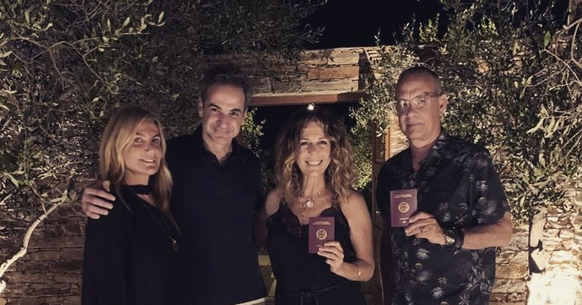 Tom Hanks and Rita Wilson become Greek citizens as they're handed new passports
