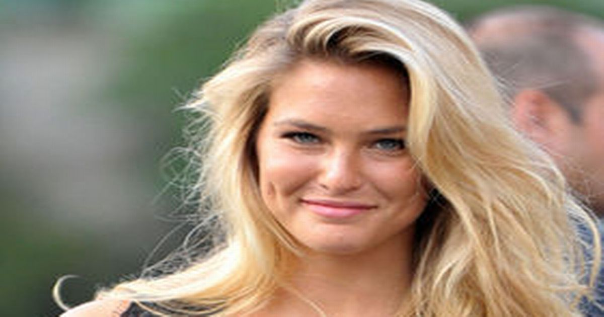 Bar Refaeli sentenced to community service over tax evasion as her mum is jailed