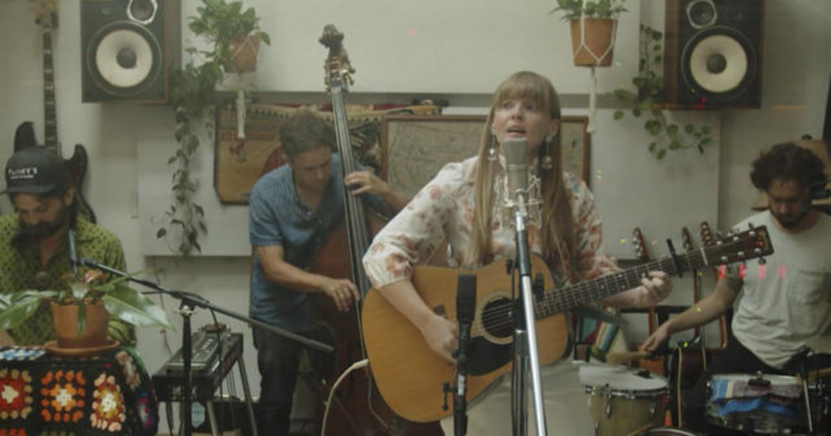 """Saturday Sessions: Courtney Marie Andrews performs """"Break the Spell"""""""