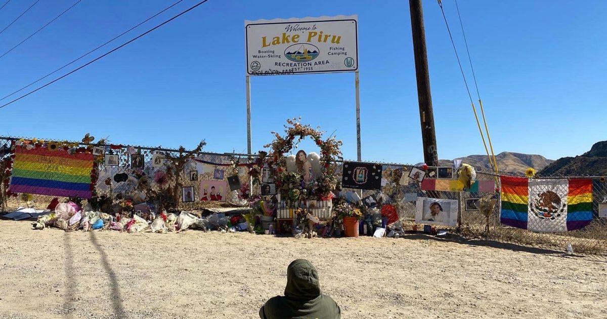 Naya Rivera fans cry and sing during emotional vigil at lake where she downed
