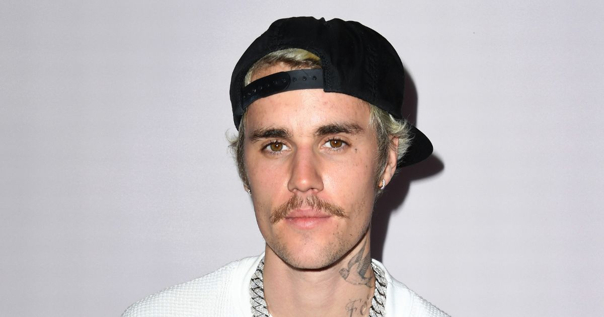 Justin Bieber fans 'distraught' as singer 'ruins himself' with daring new tattoo
