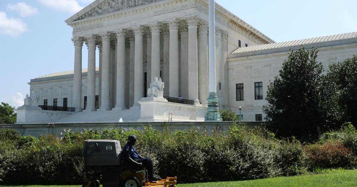 White House finalizing list of Trump Supreme Court picks