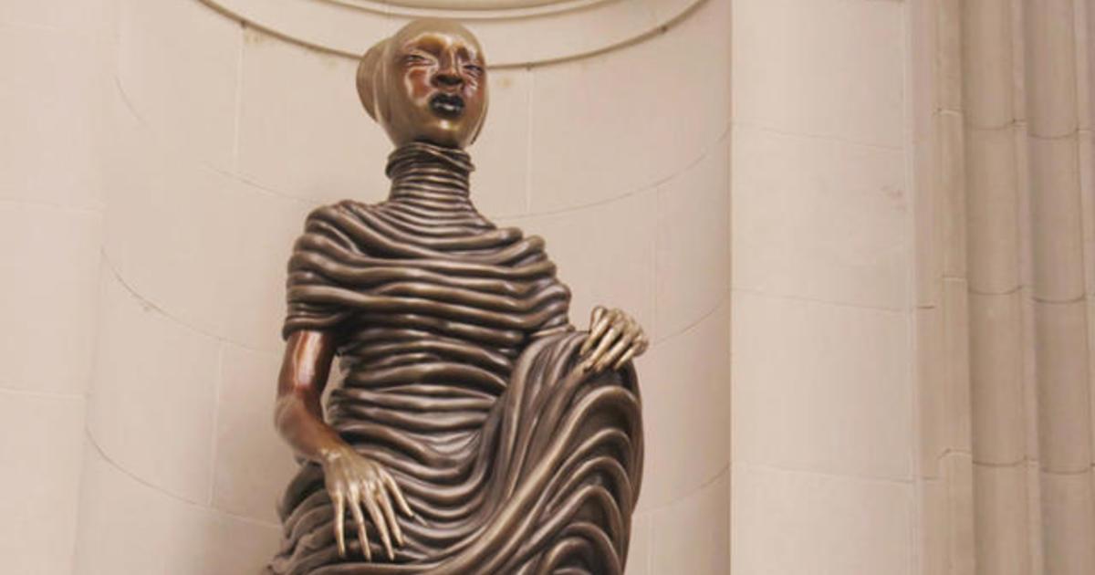 Bronze sculptures grace New York's Met Museum