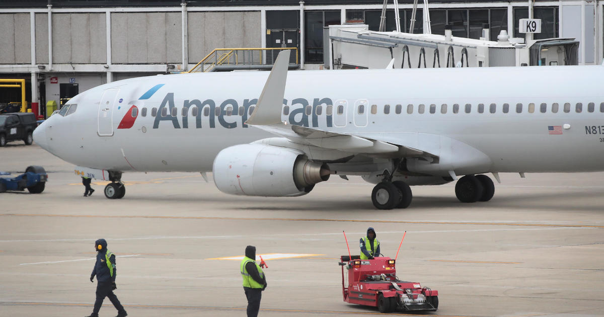 American Airlines allows Black Lives Matter pins on uniforms