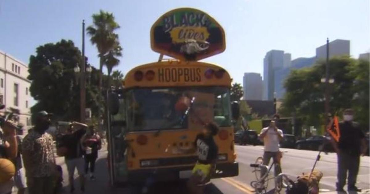 The Hoop Bus is on a roll, using basketball as a way to bring communities together