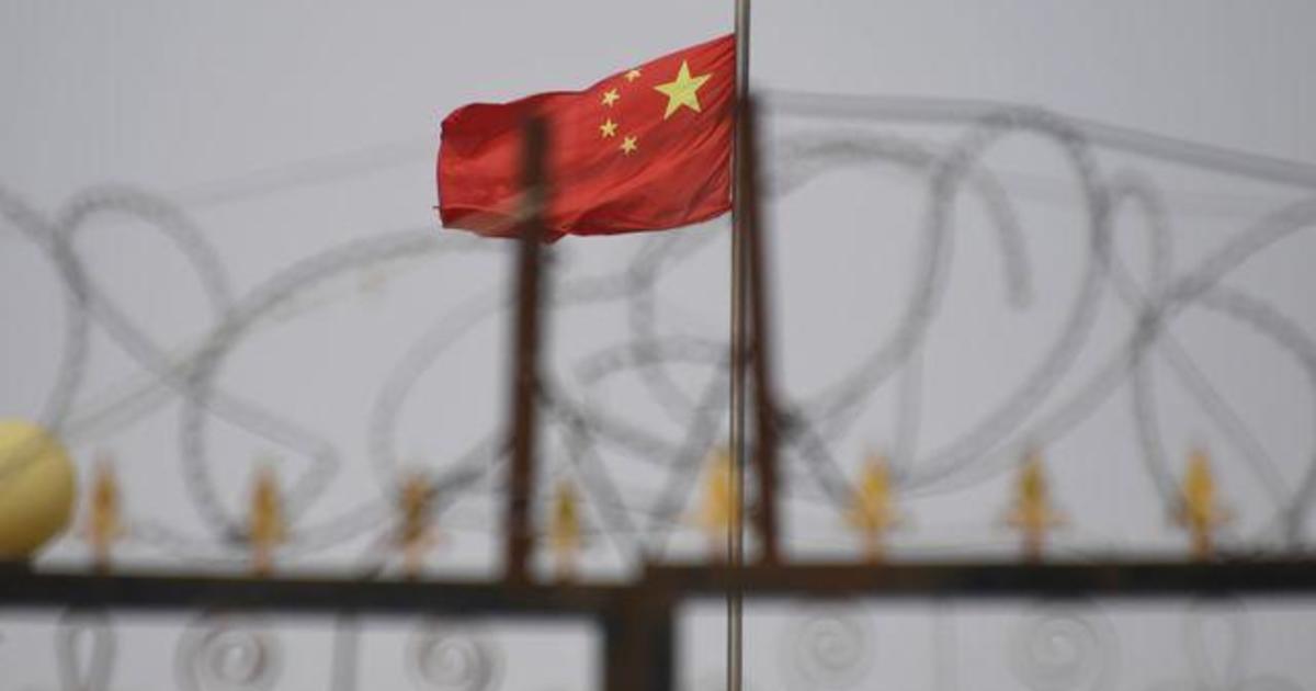 "Disney faces backlash over ""Mulan"""