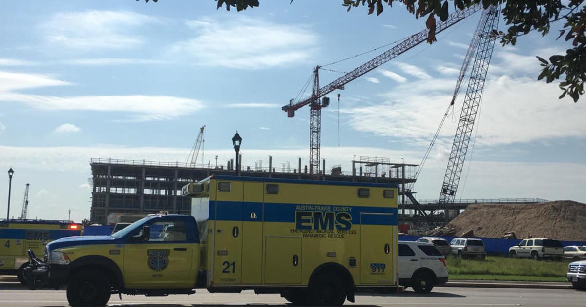 2 cranes collide in Austin, Texas, injuring 22