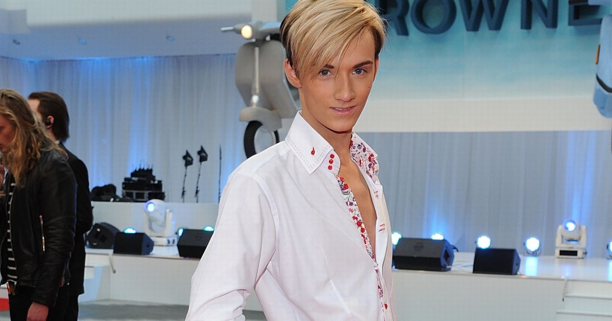 TOWIE's Harry Derbidge looks completely different with stunning makeover
