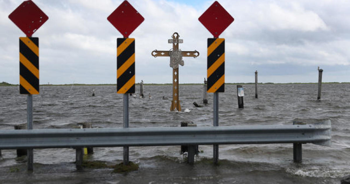 """Hurricane Sally expected to bring """"historic"""" flooding"""