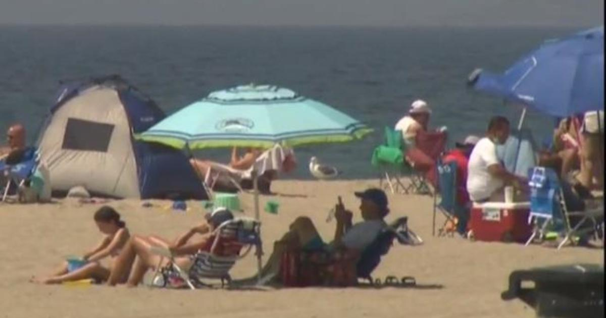 Labor Day parties and crammed beaches bring concerns about coronavirus spread