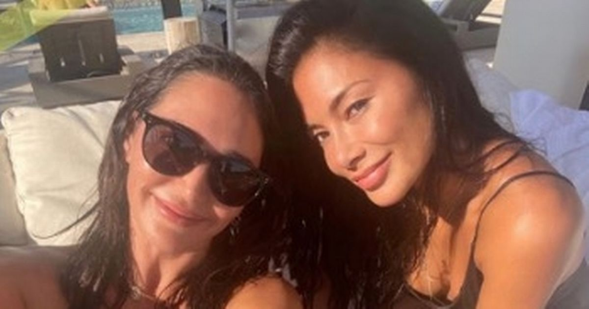 Nicole Scherzinger sizzles in bikini as she hangs out at Simon Cowell's house