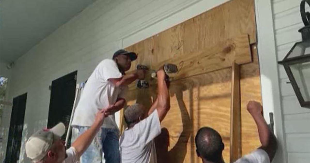 Gulf Coast braces for impact as Hurricane Sally approaches landfall