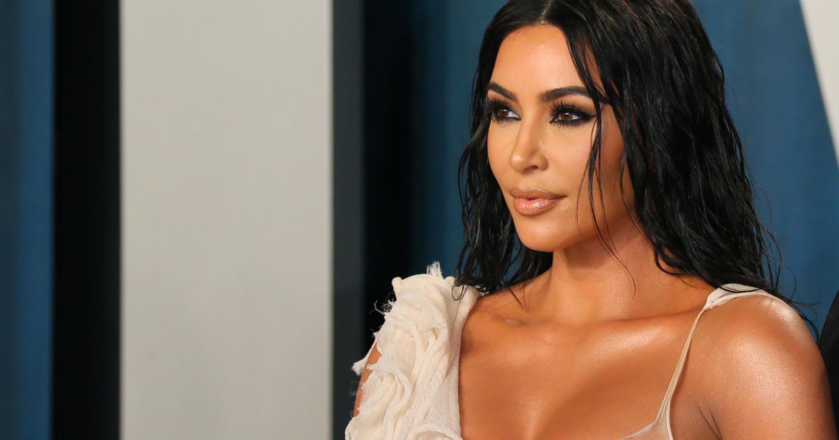 """Kim Kardashian West to briefly """"freeze"""" Instagram, Facebook accounts"""