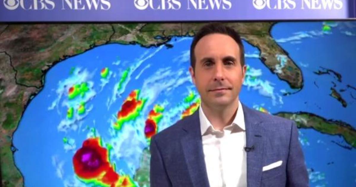 Hurricane Delta hits Mexico, takes aim at Louisiana coast