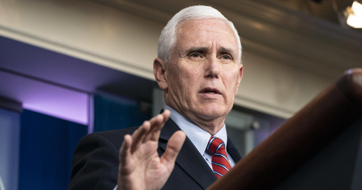 """Pence's negative COVID test could be """"meaningless"""" for debate, doctor says"""