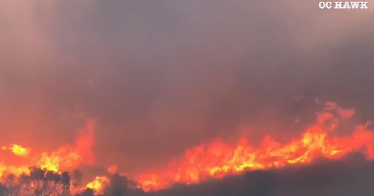 Southern California wildfire forces 60,000 to evacuate