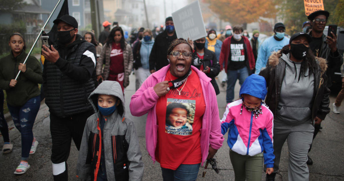 Police officer fired after fatally shooting Black teen in Illinois