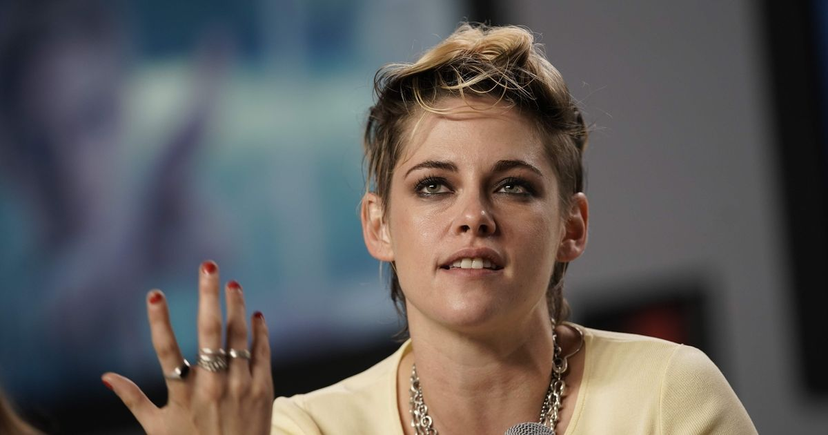 Kristen Stewart lifts lid on Rob Pattison romance and pressures of coming out