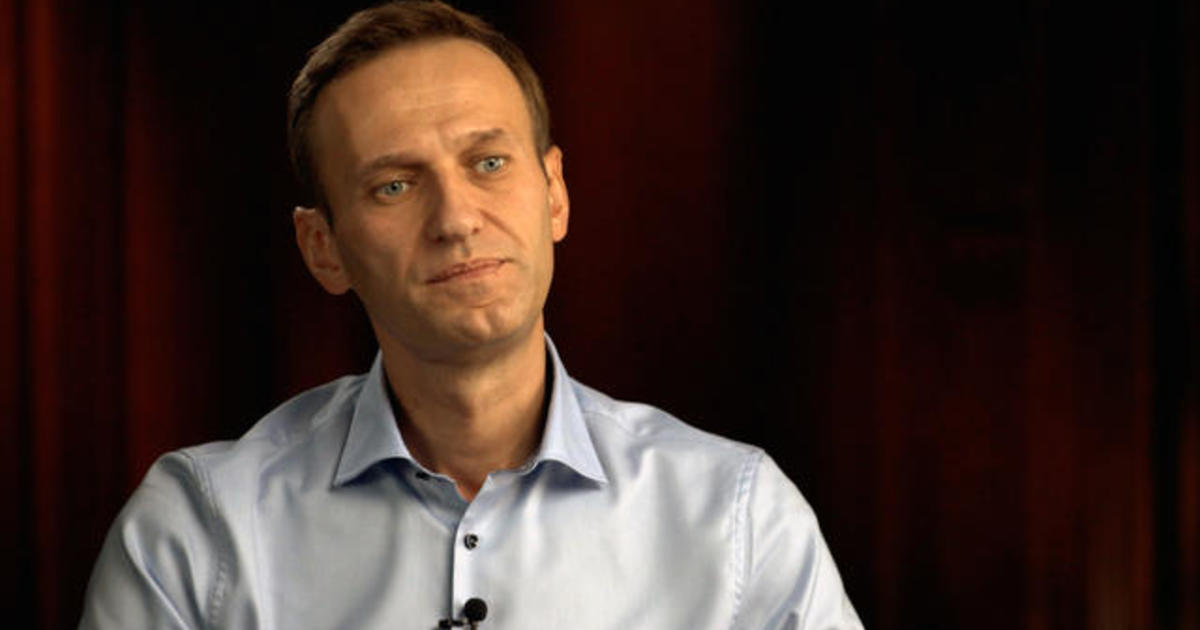 Russian opposition leader Alexey Navalny calls on Trump to condemn poison used against him