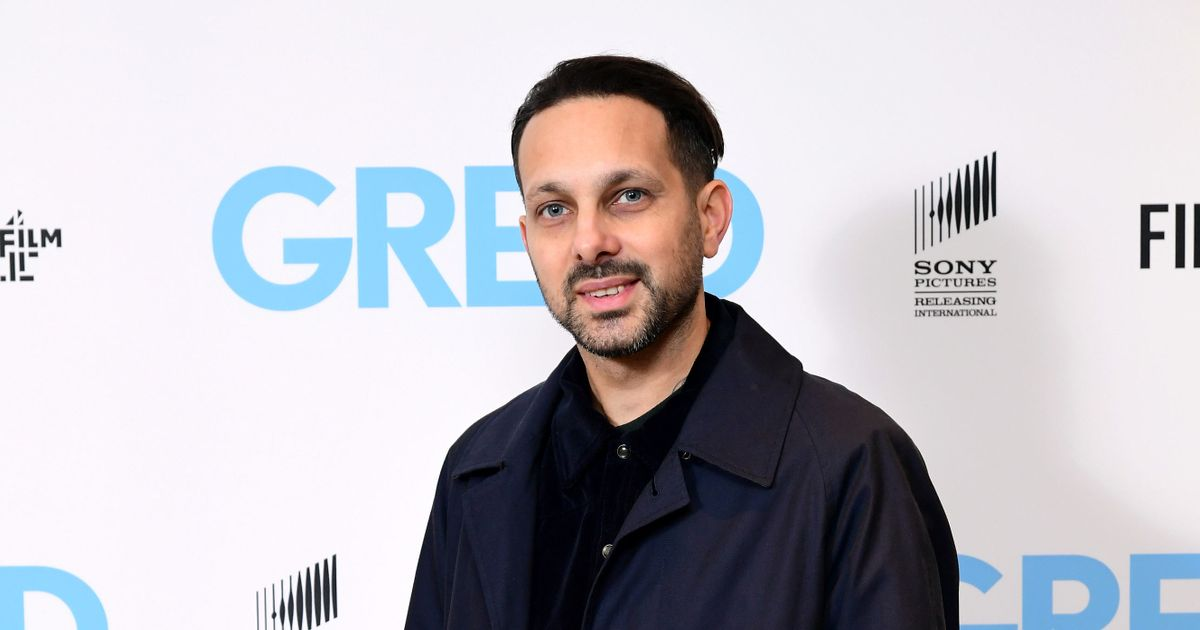 Magician Dynamo slaps KFC with hefty £200,000 lawsuit over 'food-poisoning hell'