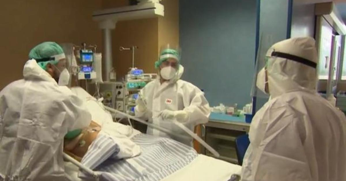 """Italy sees 580 virus deaths in one day: """"It's exploding again"""""""