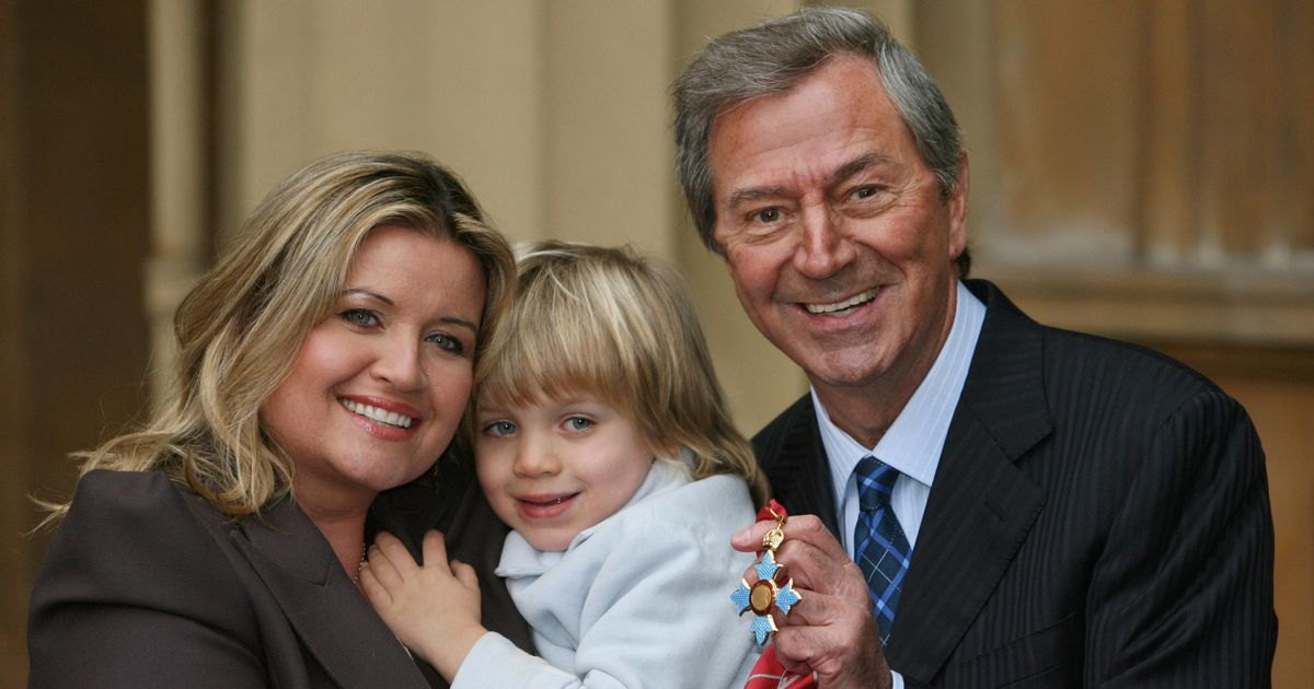 Des O'Connor hoped to live to 95 to see son he fathered at 72 get married