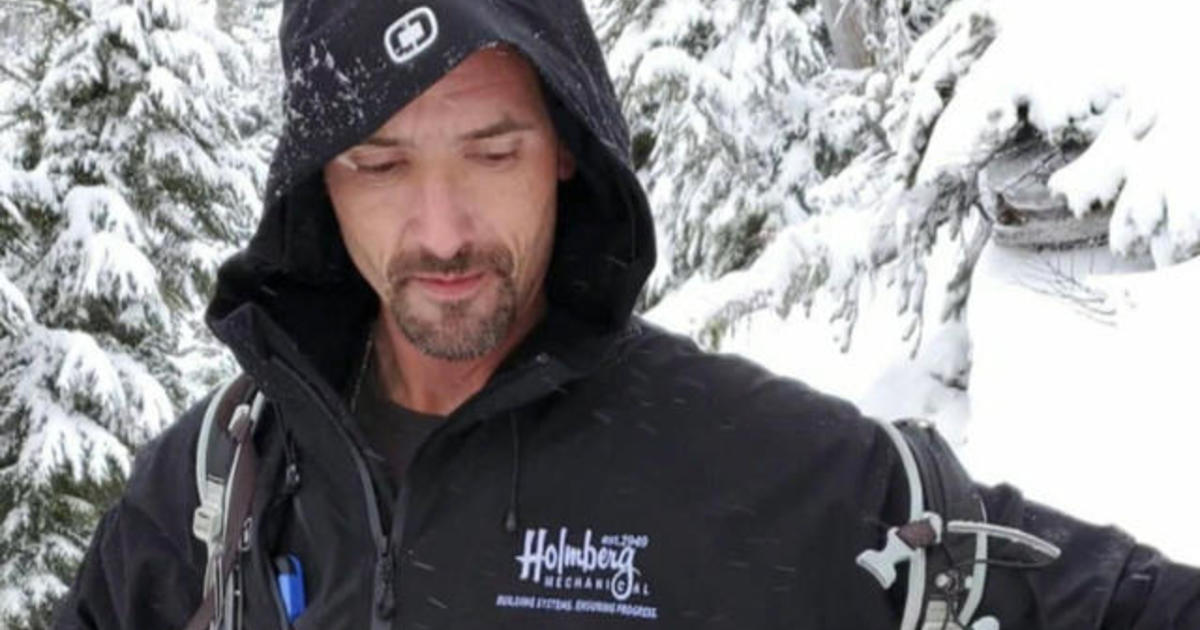Hiker whose heart stopped after being rescued from Mt. Rainier recovers