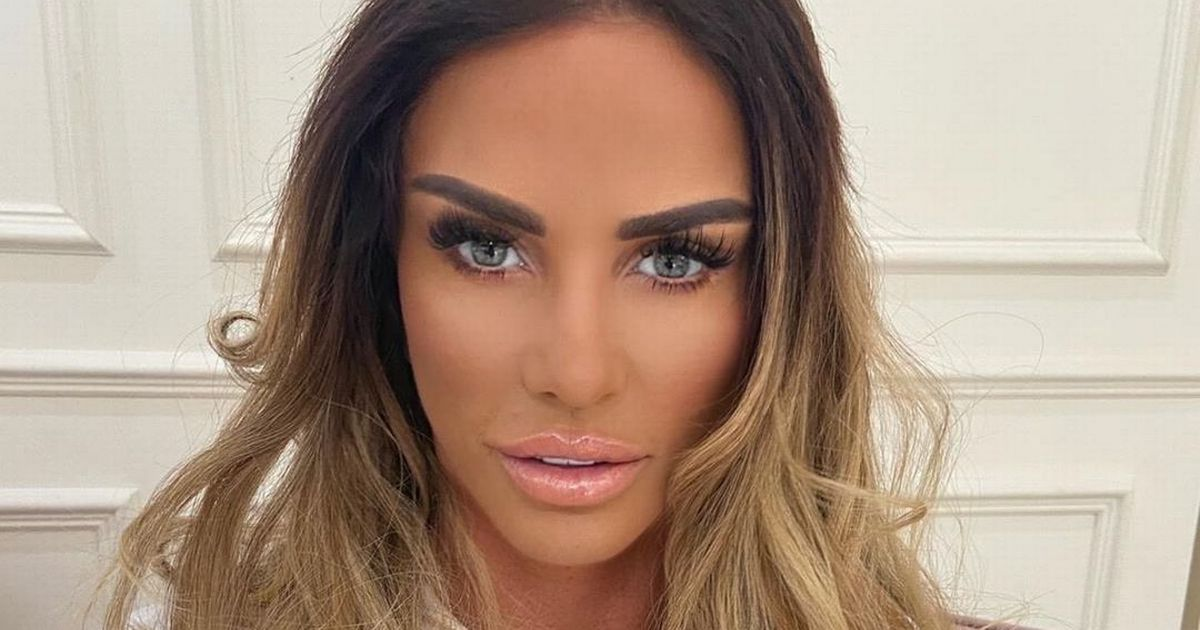 Katie Price shows 'surgery scar' more than a year after last procedure