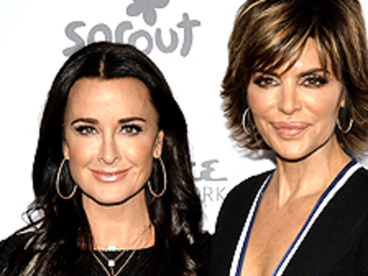 Kyle Richards And Lisa Rinna Accidentally Twin In The Same Rotate Dress — See Their Gorgeous Looks