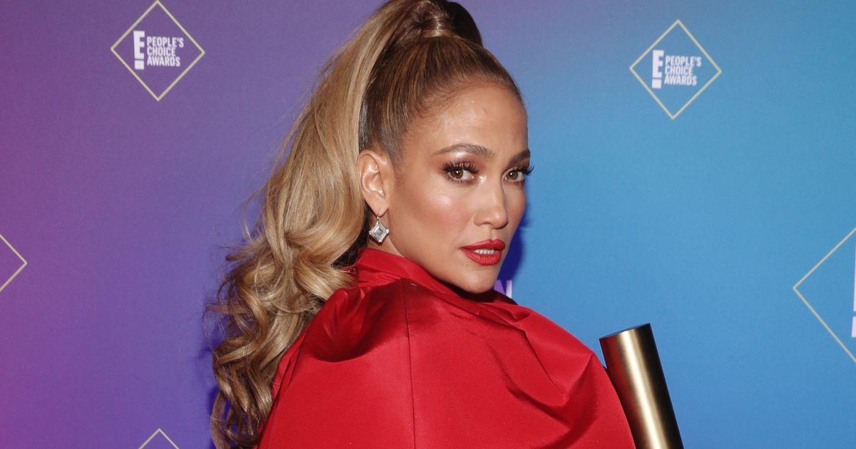 Jennifer Lopez's 'larger than life' People's Choice Awards dress as stars follow