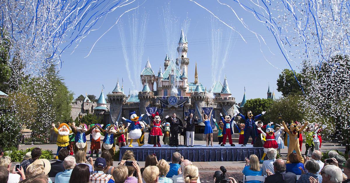 Disney World and Disneyland are closing amid coronavirus