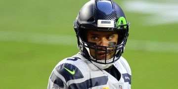 Bettors heavily backing Seahawks, points on MNF
