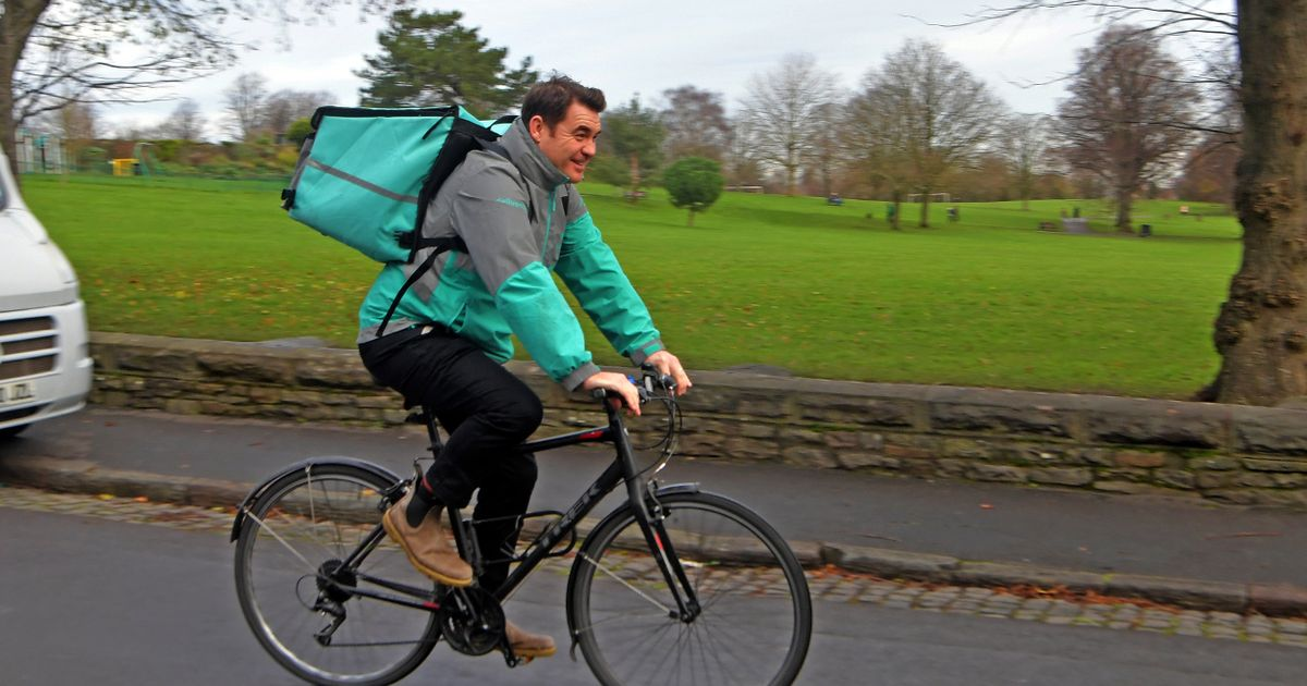 Doc Martin star ditches TV career to become a Deliveroo driver to support family