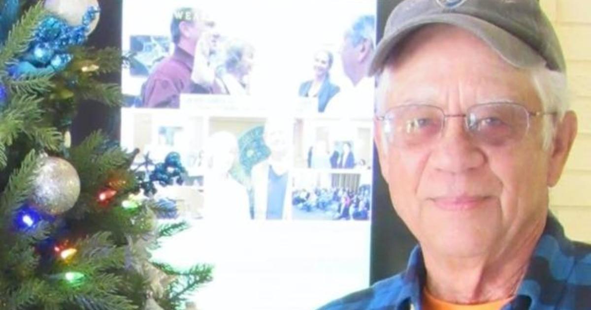 Florida man pays 114 neighbors' utility bills before Christmas