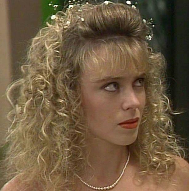 Kylie Minogue 'Neighbours'
