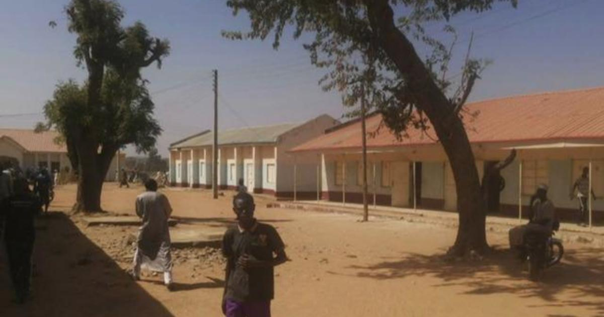 400 Nigerian students missing after attack on school, and more global headlines