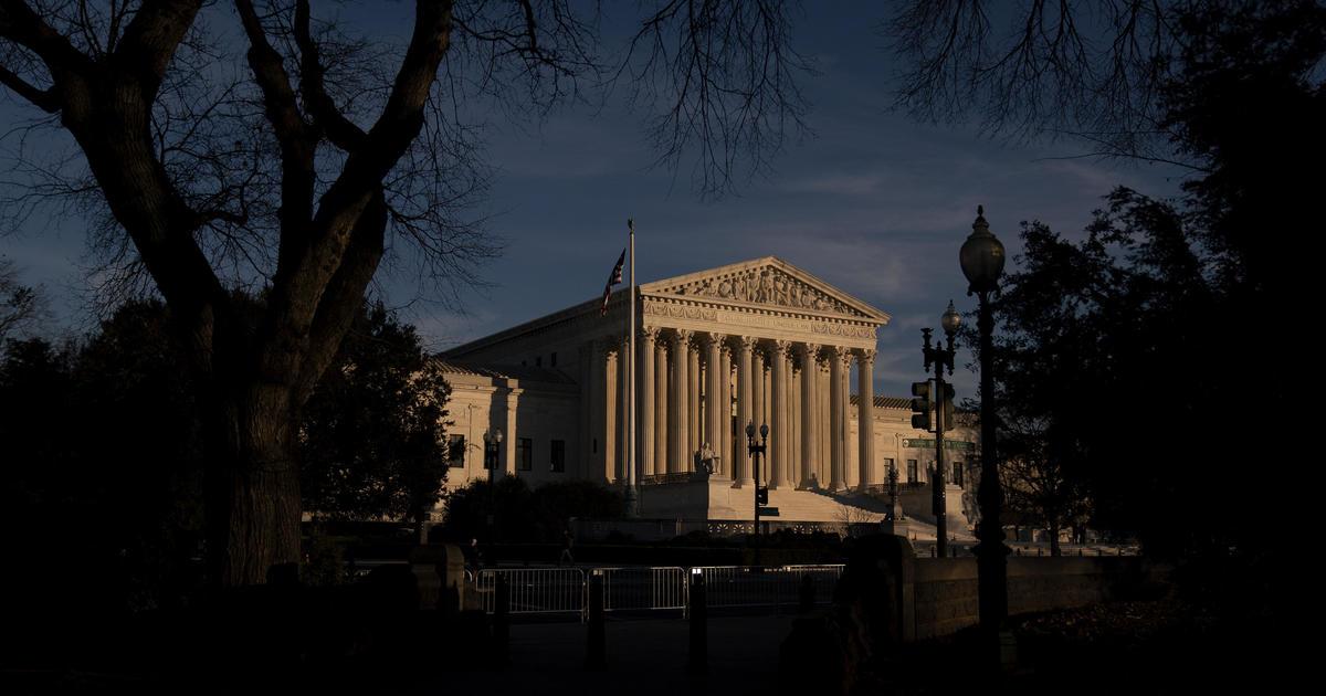 Supreme Court rebuffs bid to revive Kansas voting law