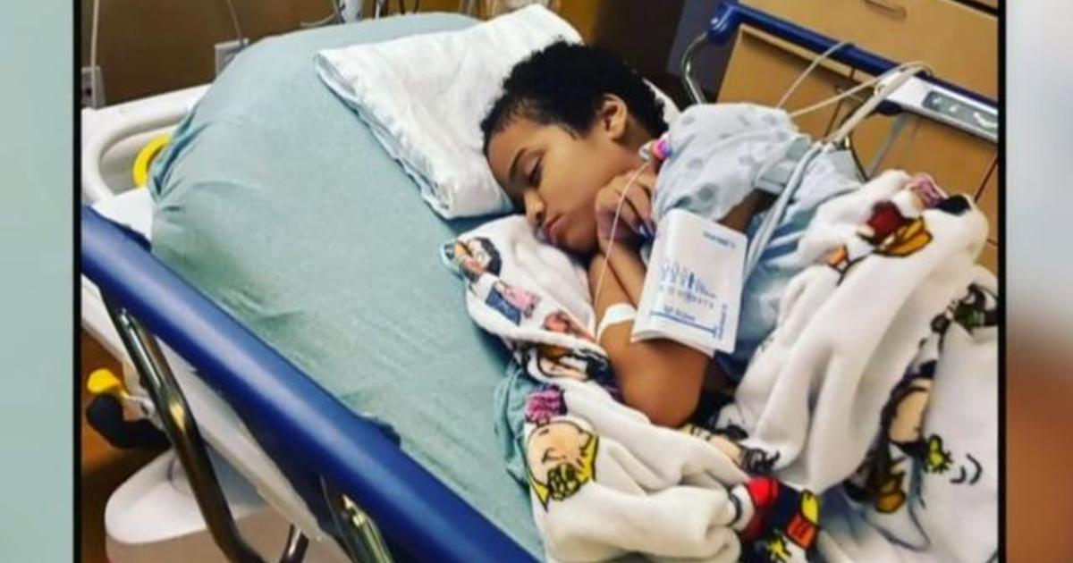 Celebrities raise thousands of dollars for teen battling rare form of cancer