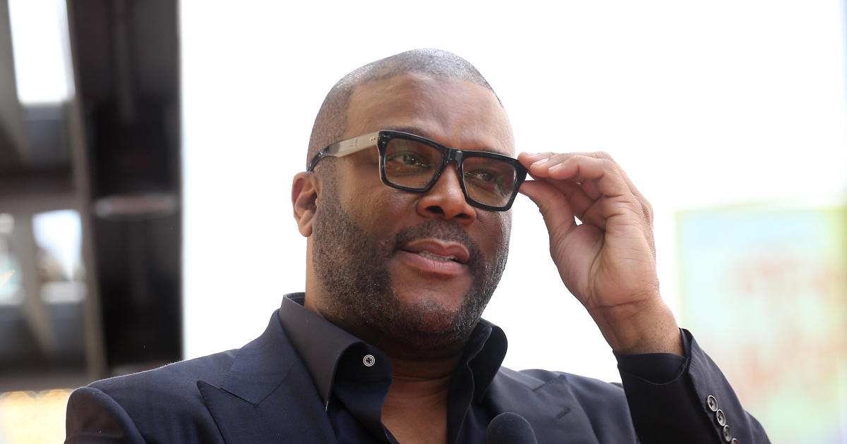 Tyler Perry gives $100K to Breonna Taylor's boyfriend's defense