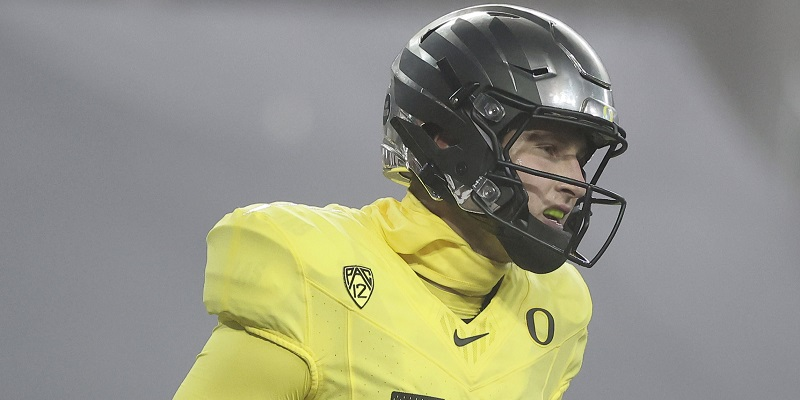 Oregon replaces Washington in Pac-12 title game